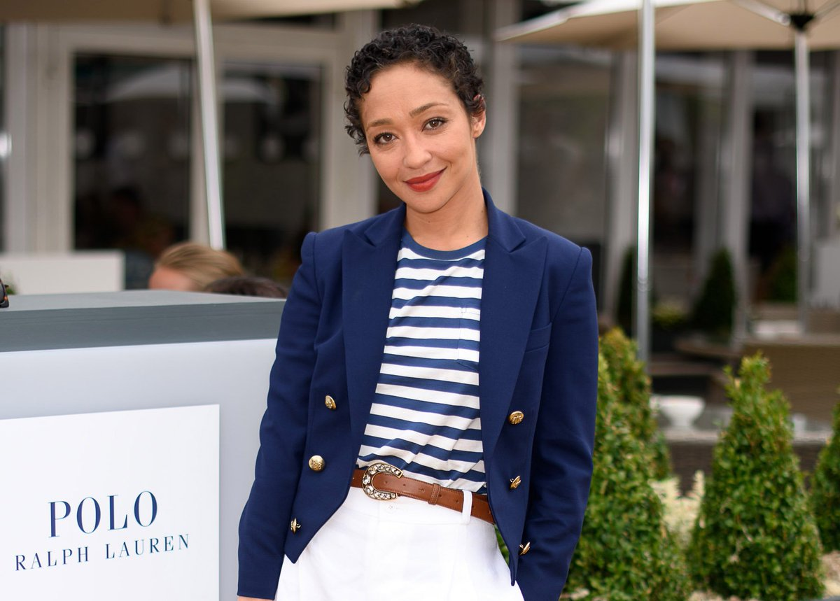 #RuthNegga wears a Ralph Lauren Collection RL Spencer Jacket to #Wimbledon #RLIconicStyle https://t.co/2R6dddB3vx