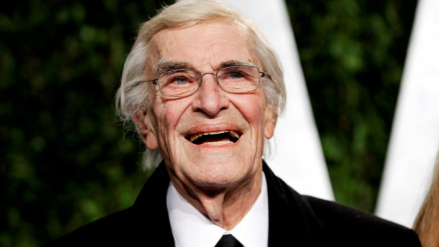 BREAKING NEWS: Martin Landau, film and TV icon, dead at 89  https://t.co/Fdr6BYXvfx https://t.co/r7B76qddRZ