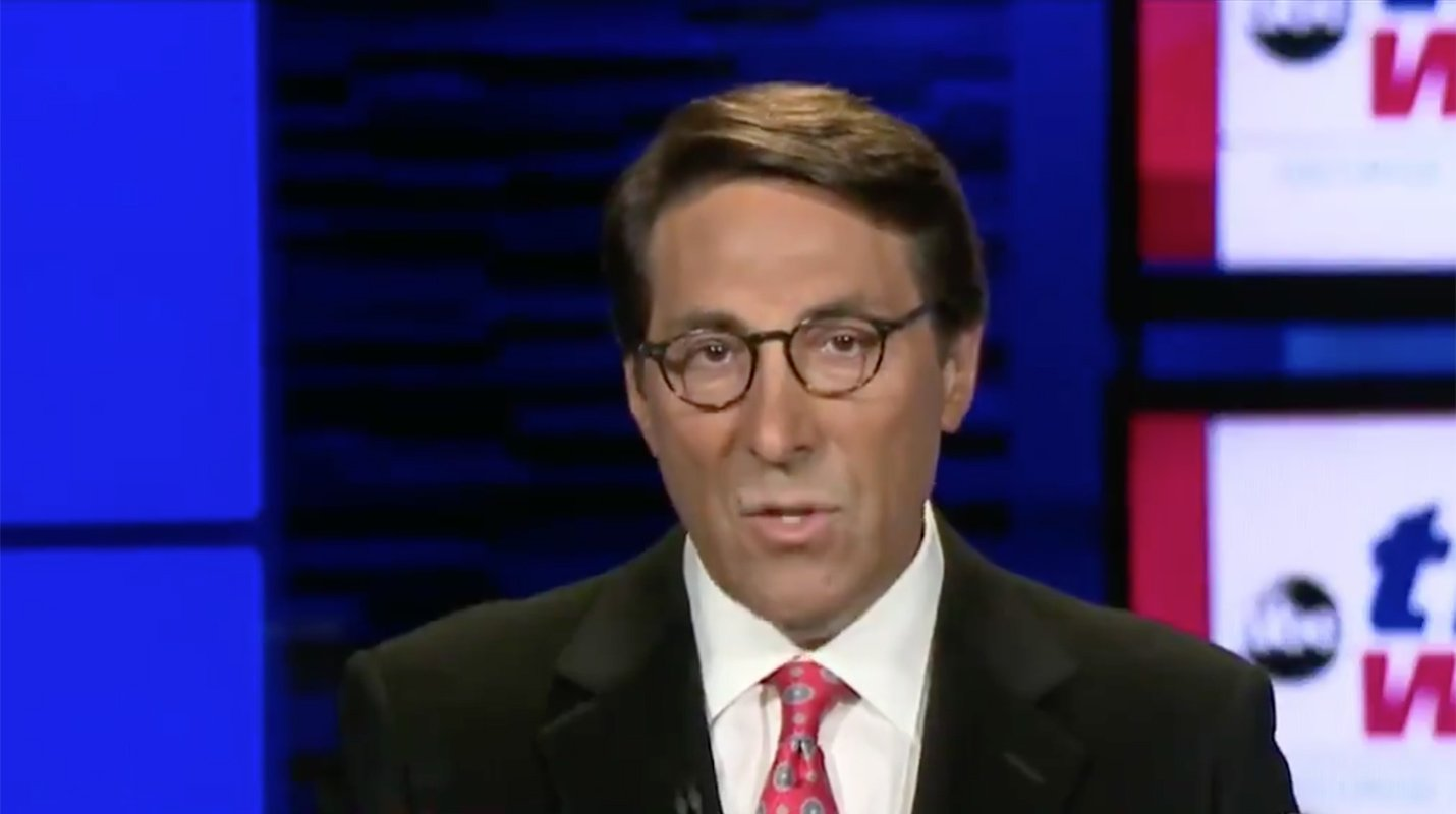 Secret Service dismisses Trump lawyer's claim about Russia meeting. https://t.co/zM9F427X06 https://t.co/4eUw5iWI9P