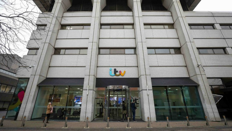 ITV Names Carolyn McCall CEO https://t.co/VrQrKyUrBJ https://t.co/NNOkLVmcG0