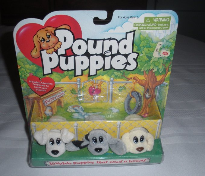 Omg does anyone remember these? https://t.co/5u4jjGhpjD