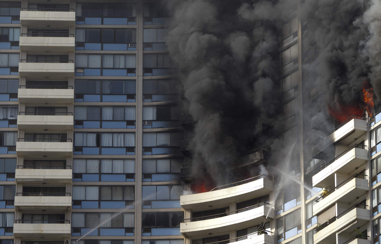 Honolulu high-rise fire: Several residents could not hear alarms in building https://t.co/2S7VHWYfxm https://t.co/kyJpPV7UHl