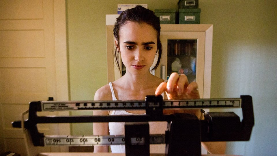 5 things to know about Netflix's anorexia movie #ToTheBone https://t.co/0K6dJPcDvw https://t.co/JnClrXopUB