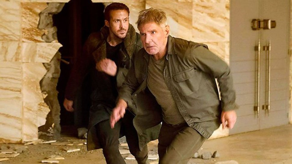 New #BladeRunner2049 trailer reveals that Deckard is being 'hunted' https://t.co/KcZBnznRYZ https://t.co/pnYIhjgIYC
