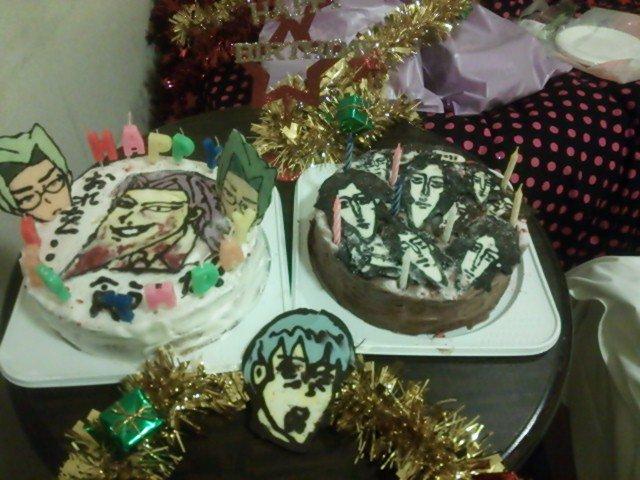 私も友達と力を合わせてこんなお誕生日ケーキを作ったなぁ、懐かしい。学園ハンサムケーキ!