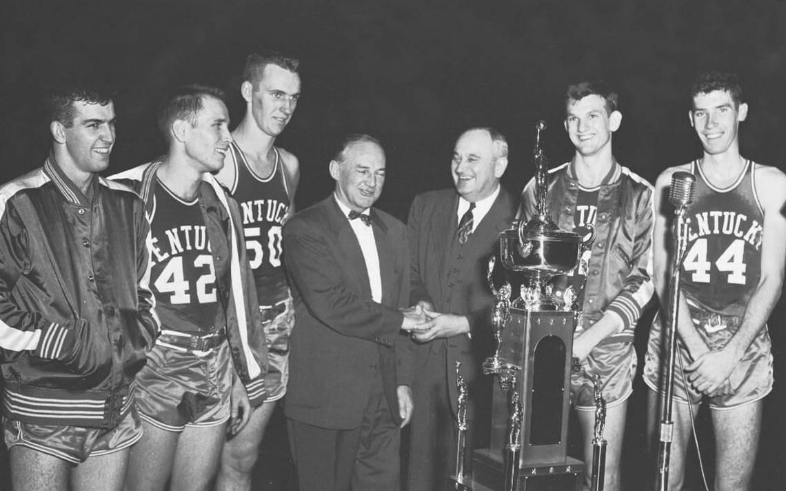 Former University of Kentucky basketball star Jerry Bird dies at 83