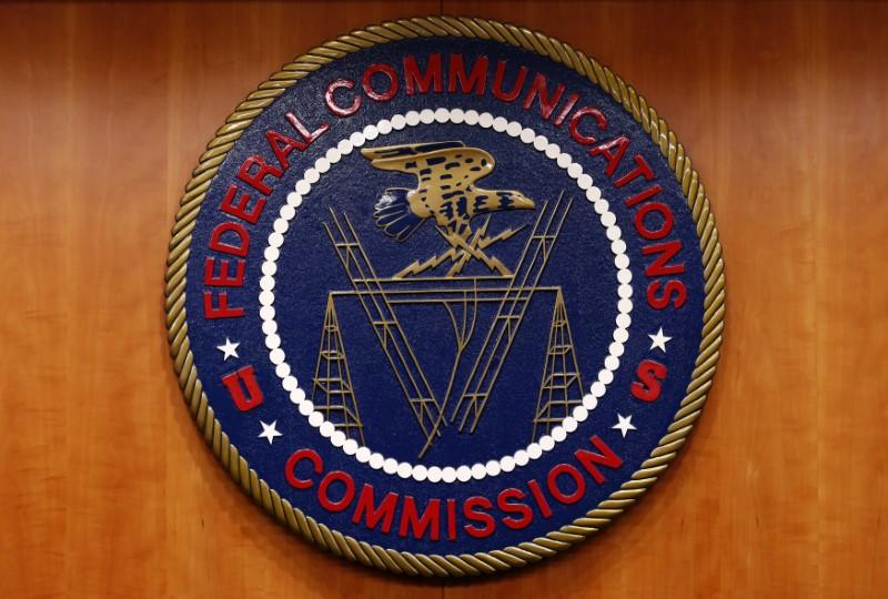 Major tech firms urge U.S. to retain net neutrality rules https://t.co/ujVxuuekpU https://t.co/HOihPL2eod