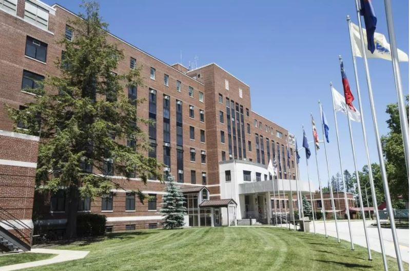 Top officials at New Hampshire veterans hospitalremoved