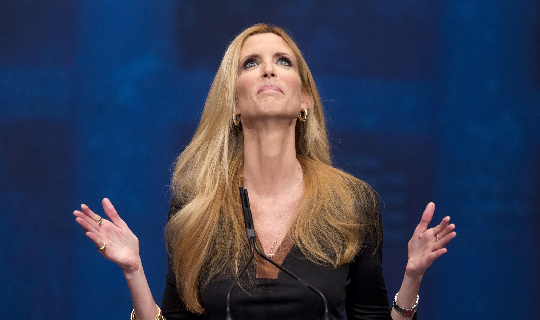 Ann Coulter wages a social media war on Delta -- but the airline is unimpressed  https://t.co/XBXsTBV0S9 https://t.co/TlsgrtaQ9J