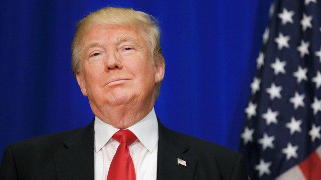 CNN commentator refuses to say Trump is her president https://t.co/dprJDf9fsJ https://t.co/IWA40caP4N
