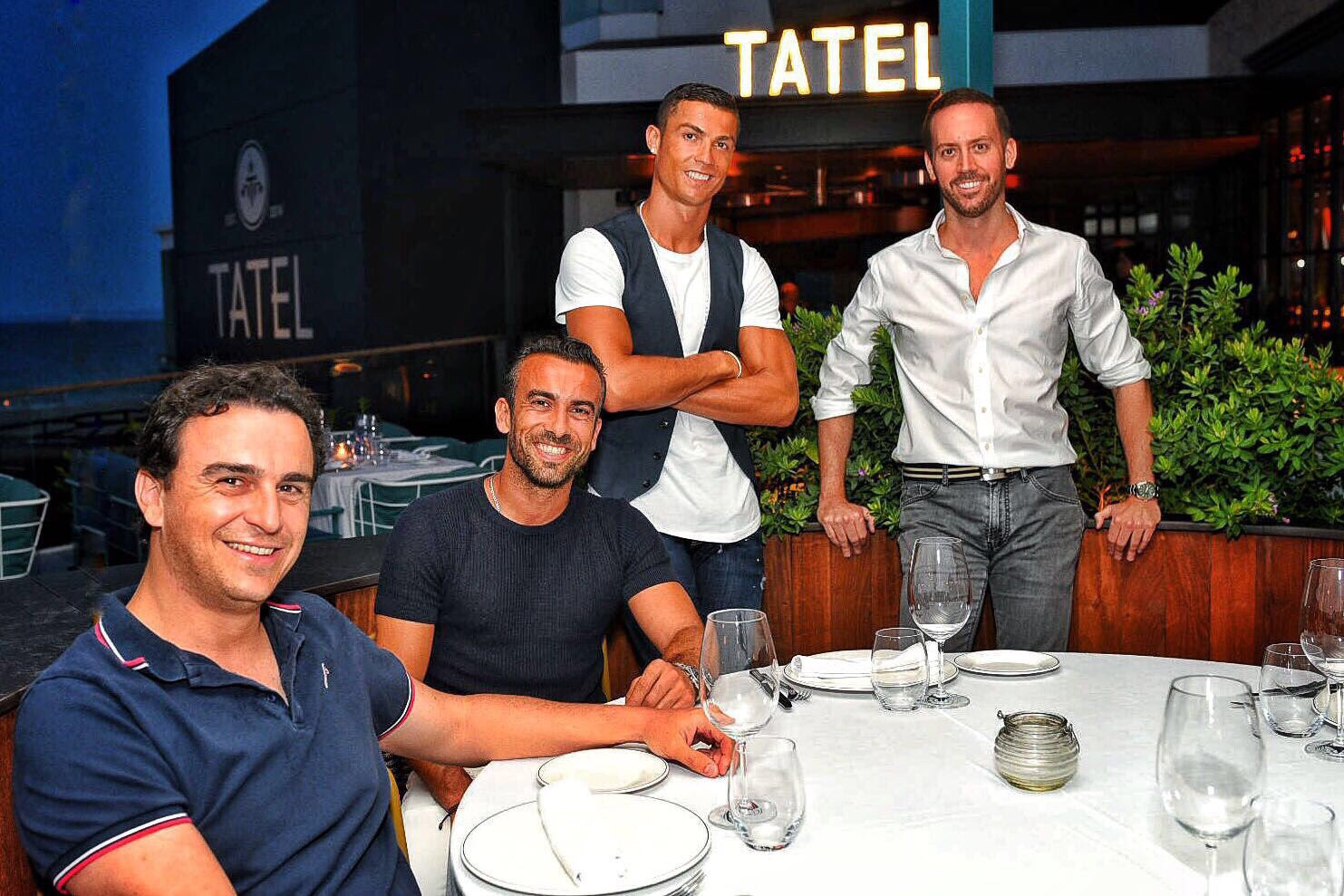Talking business in my favourite  restaurant #TATELIbiza! Big news coming soon!! https://t.co/cvwpAywUCx
