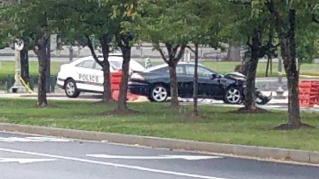 Suspicious vehicle crashes into police cruiser near Capitol https://t.co/0z3oDLTQTz https://t.co/U0uwOae1Gd