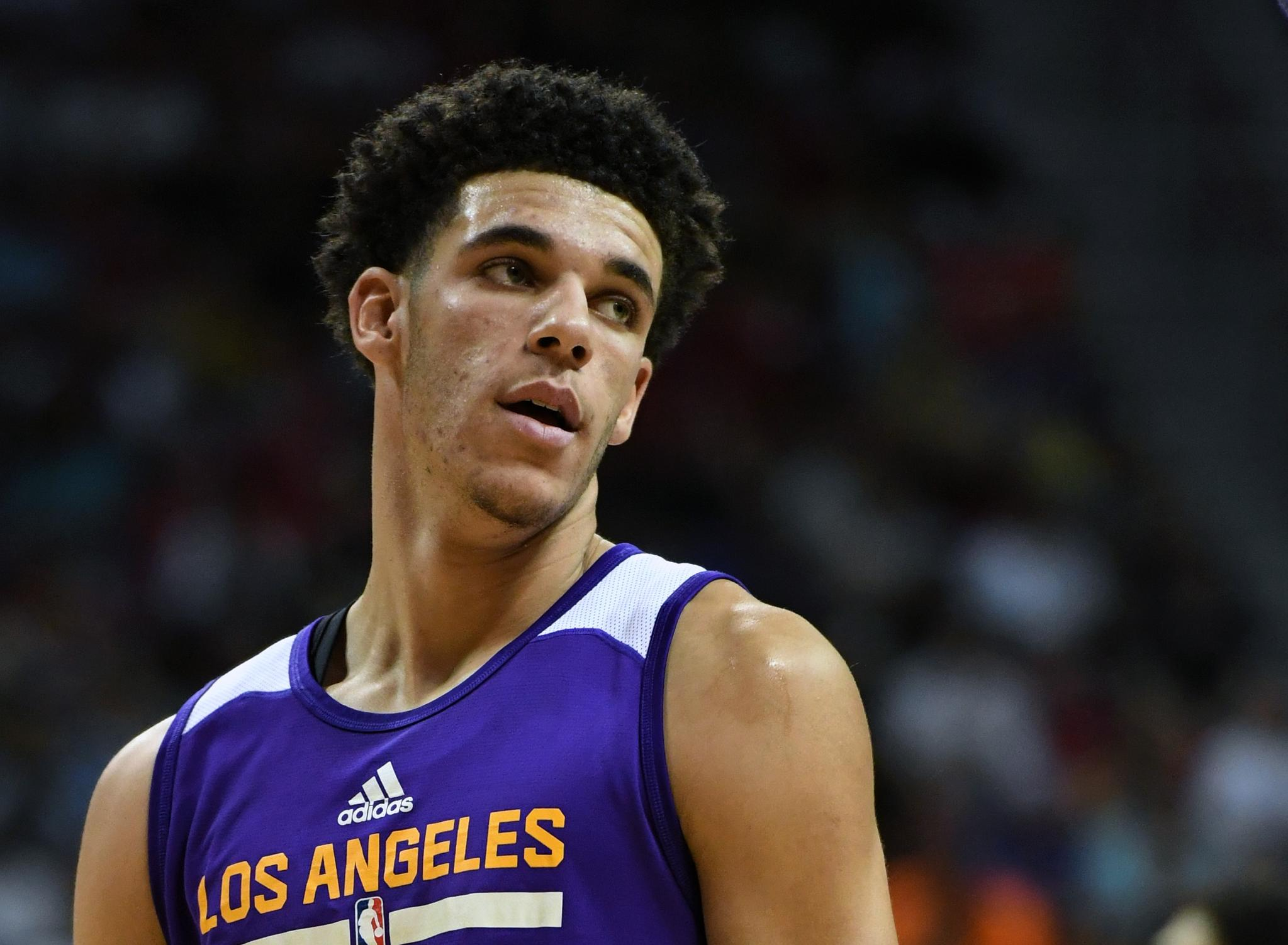 This Just In: Lonzo Ball is out for the Summer League final tonight due to a mild calf strain in his right leg. https://t.co/BcNYISLYAQ