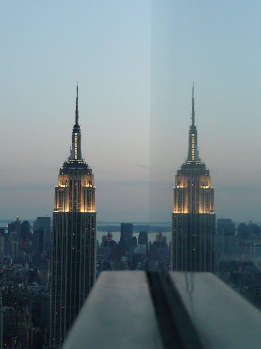 Empire x 2  https://t.co/T3hfpvLJGp  #NYC https://t.co/QmEeZgoHuJ