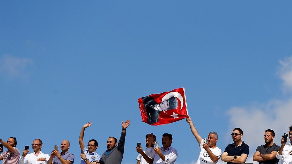 EU parliament requests suspension of Turkey's accession talks