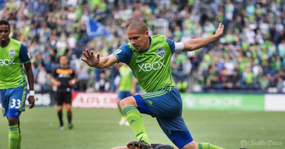 Sounders veterans Osvaldo Alonso and Chad Marshall both out until August with sprains