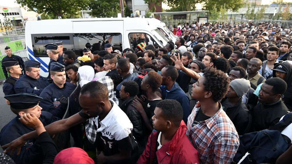 French police evict thousands of migrants camped in northern Paris