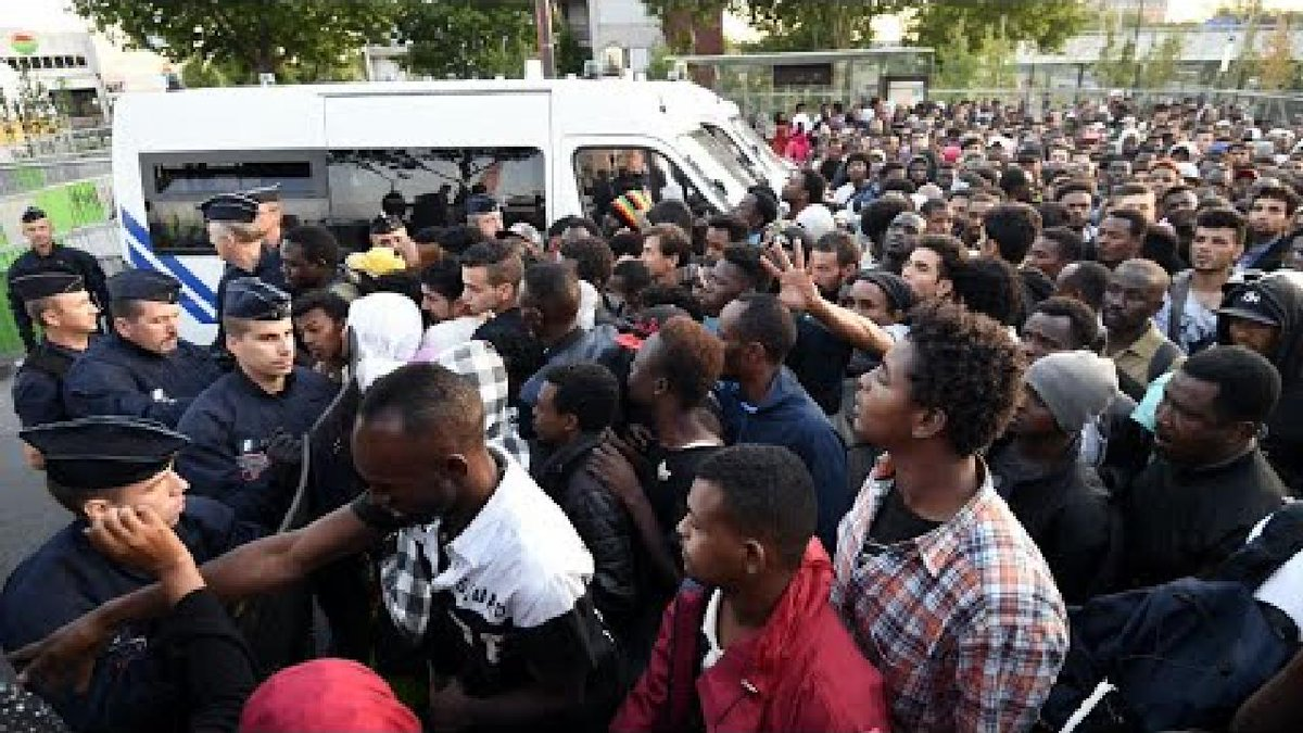 ?? France: Police evict thousands of migrants camped in northern Paris