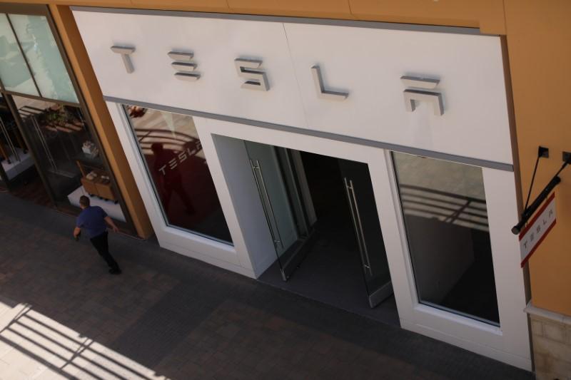 Tesla April registrations drop in key California market