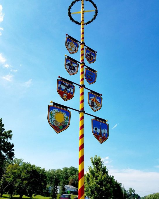 #Flagpole @Oldenburg,IN #Maypole new 50' #AmericanFlagpole featured #Freudenfest July / face lift. Join in the fes… https://t.co/YHbY3gZHGj https://t.co/g7aWk8vyO9