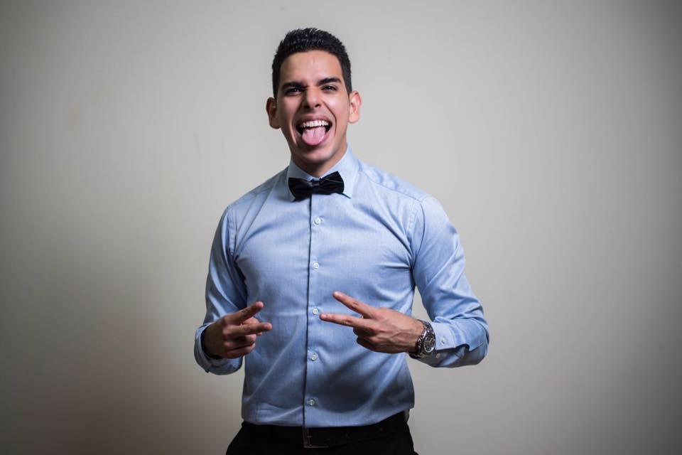 Venezolano que se respete se vacila los vídeos de Javier Romero.����❤ https://t.co/i5Balx66NY