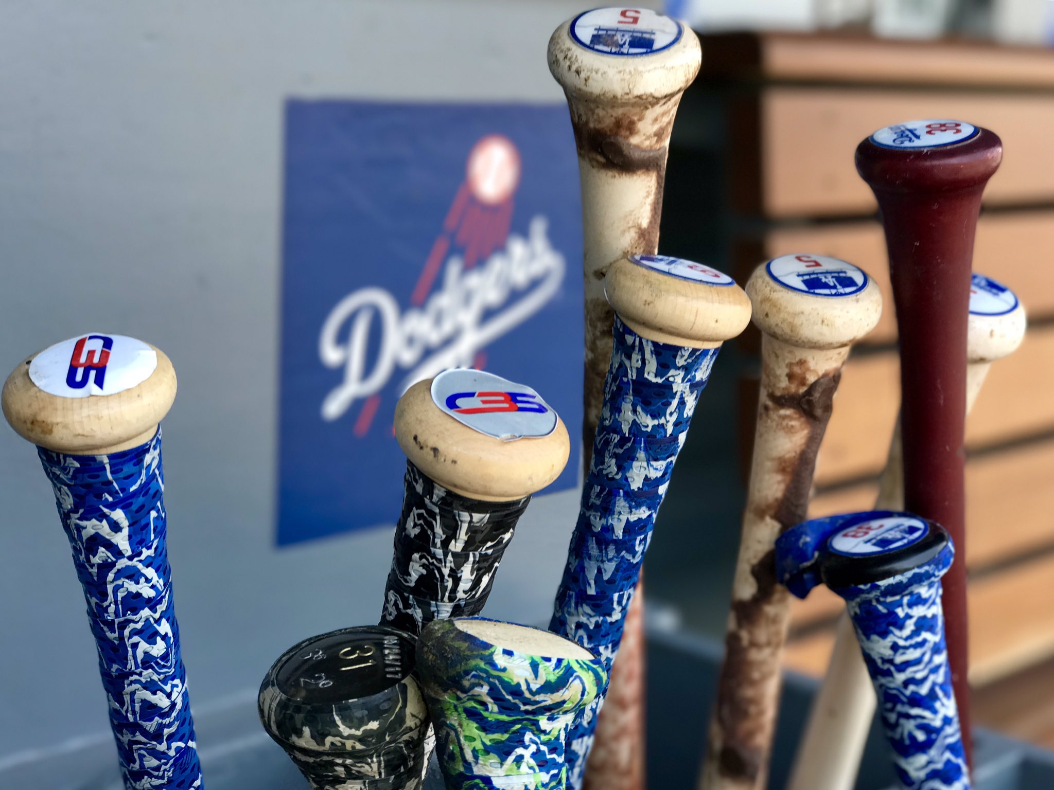 It may be hot outside, but our bats are hotter. �� #LetsGoDodgers https://t.co/fa944CmUkP