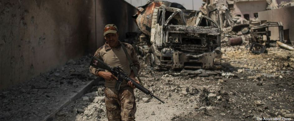 Iraq says forces are 'tens of meters' from retaking Mosul
