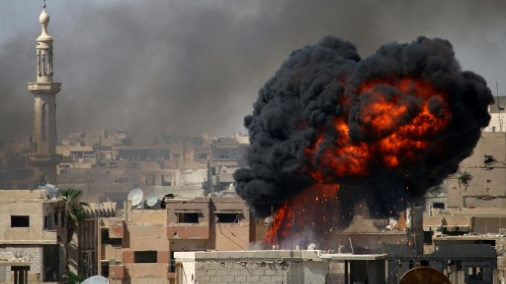 Quiet as ceasefire begins in south Syria: monitor