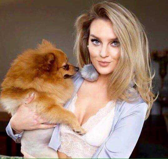 Perrie edwards simply makes me happy, she\s a damn goddess happy 24 birthday tho !!!! ilysm pez