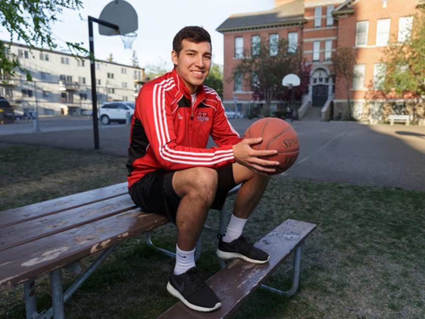 test Twitter Media - U of A launches program for Indigenous Sport and Recreation https://t.co/42FIrHc42A #yeg https://t.co/tpGmBOAsRg