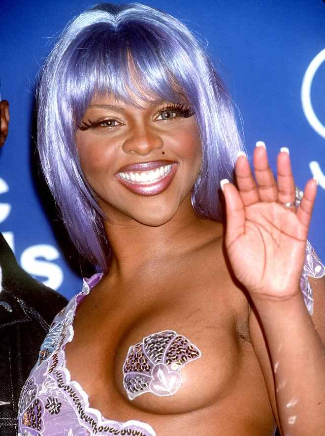 Happy birthday Lil Kim. Hiya.