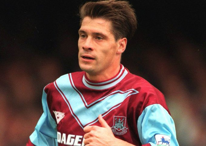 Happy birthday to West Ham United great Tony Cottee, who turns 52 today!