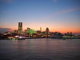 横浜ってお洒落なのかお洒落か・・・元町家賃高いな〜ハマトラか🤔早朝の大桟橋は良いけどね