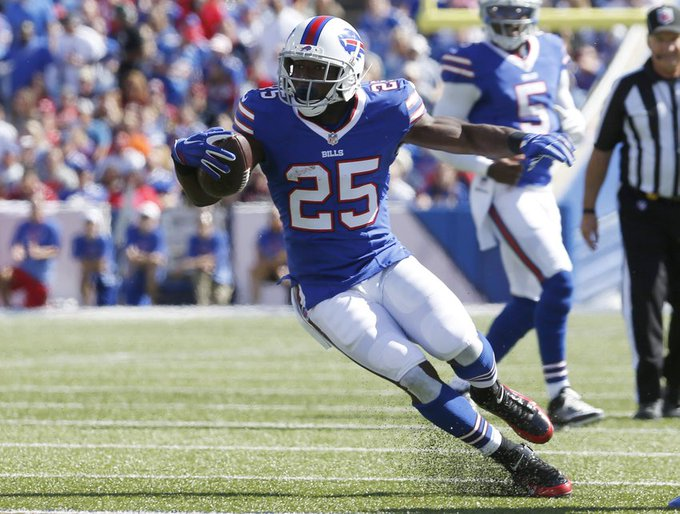 Happy Birthday to LeSean McCoy who turns 29 today!