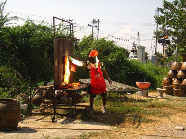 الدجاج #فيتشابوري #تايلاند المراية العاكسة