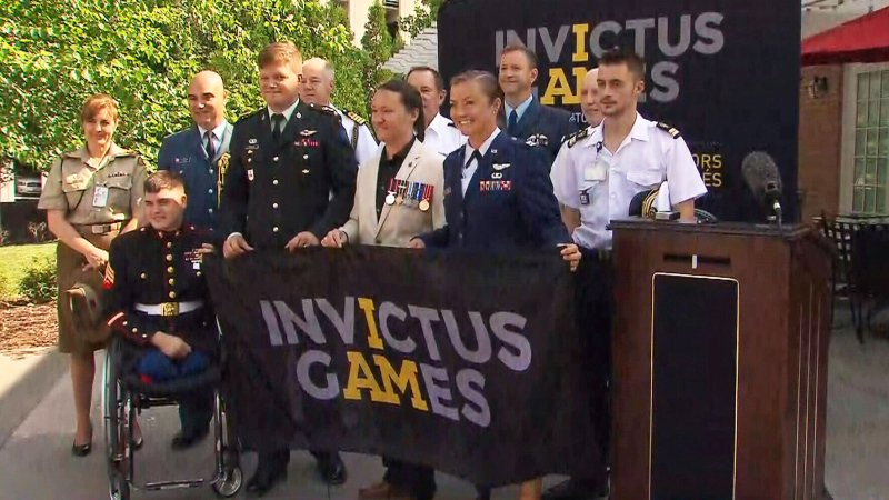 U.S. hands over Invictus Games flag to Team Canada in special ceremony