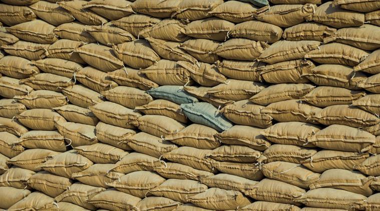 Cambodia bans sand exports after environmental grouppressure