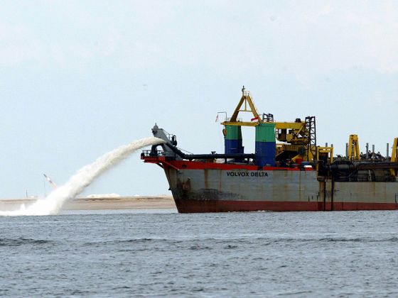 Cambodia bans sand exports after environmental group pressure