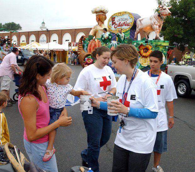 Donate blood to American Red Cross today, get free pass to Six Flags