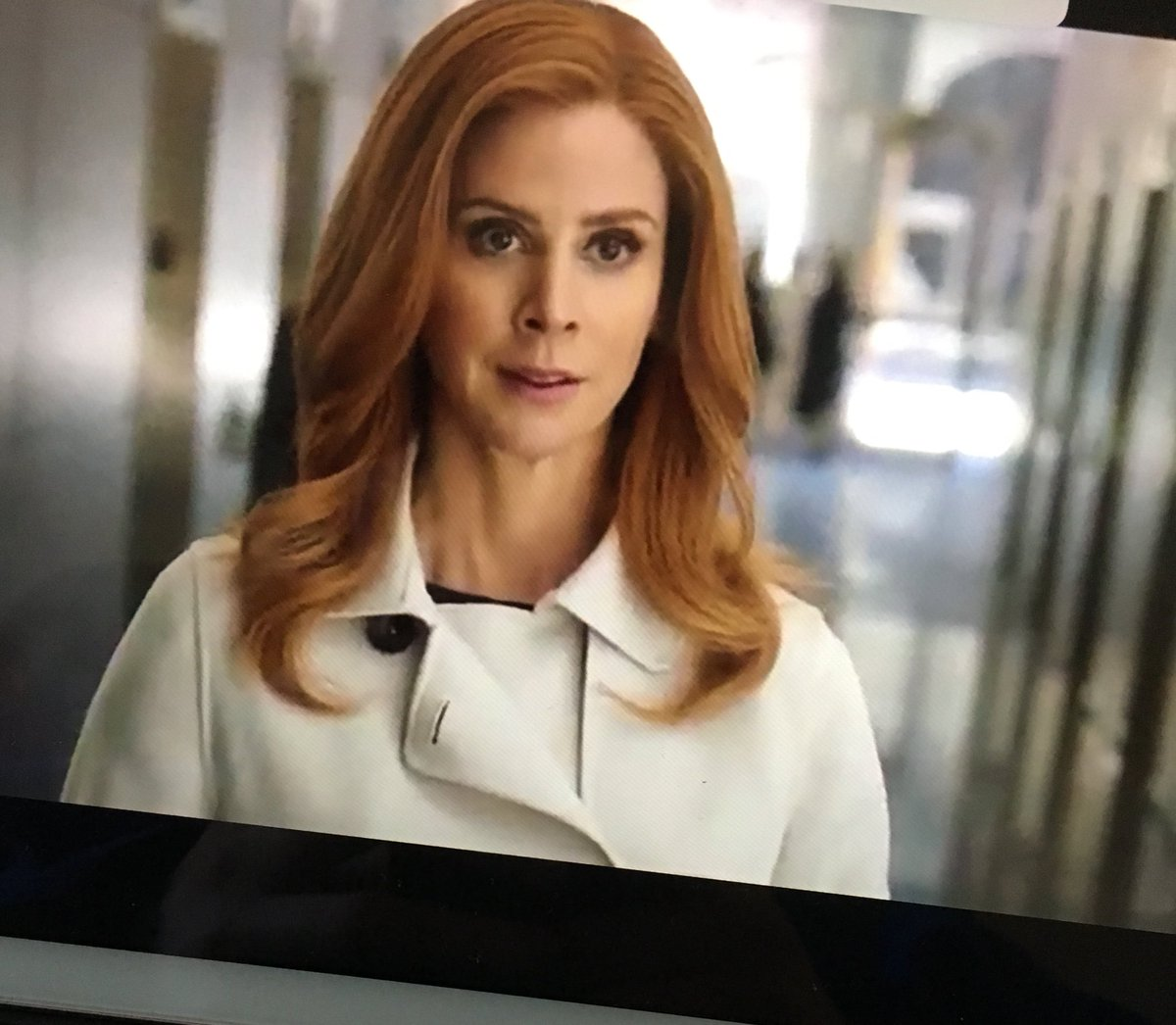 RT @greysfan: We all need Donna Paulson in our lives. @sarahgrafferty #Suits https://t.co/M9KTuapjTE