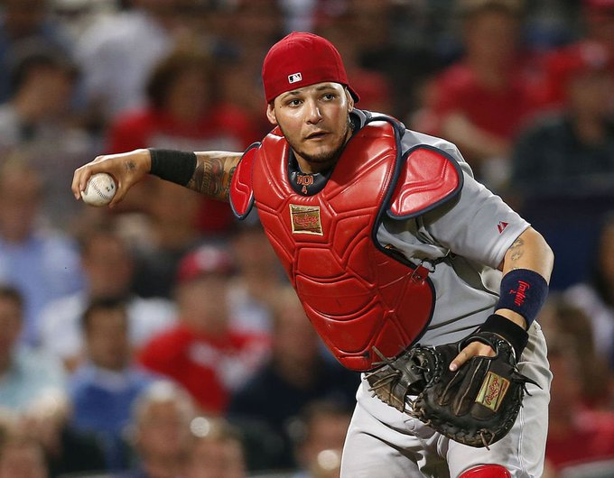 Happy Birthday to Yadier Molina who turns 35 today!