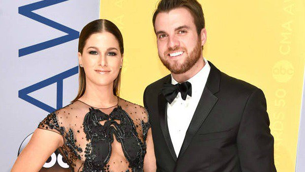 The Voice's Cassadee Pope and her fiancé have called off their engagement: