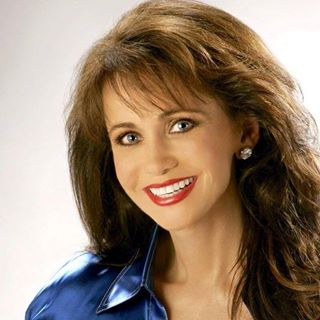 Happy Birthday to Louise Mandrell born this day in