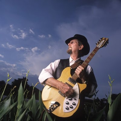 Happy Birthday Roger McGuinn. Read my interview!