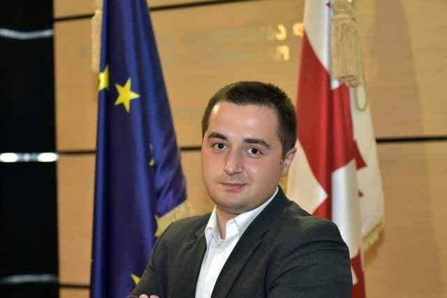 Tbilisi Mayor's Office Employee Detained for Bribery