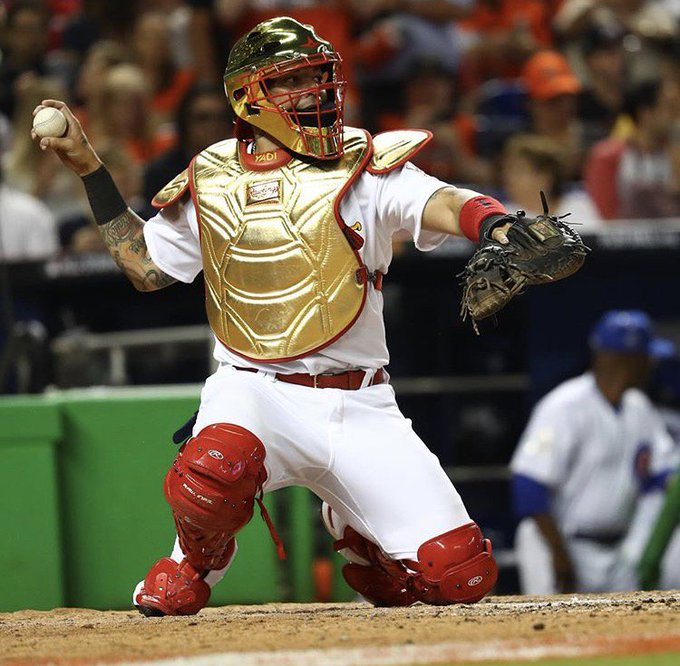 Happy 35th birthday to Cardinals catcher Yadier Molina!!