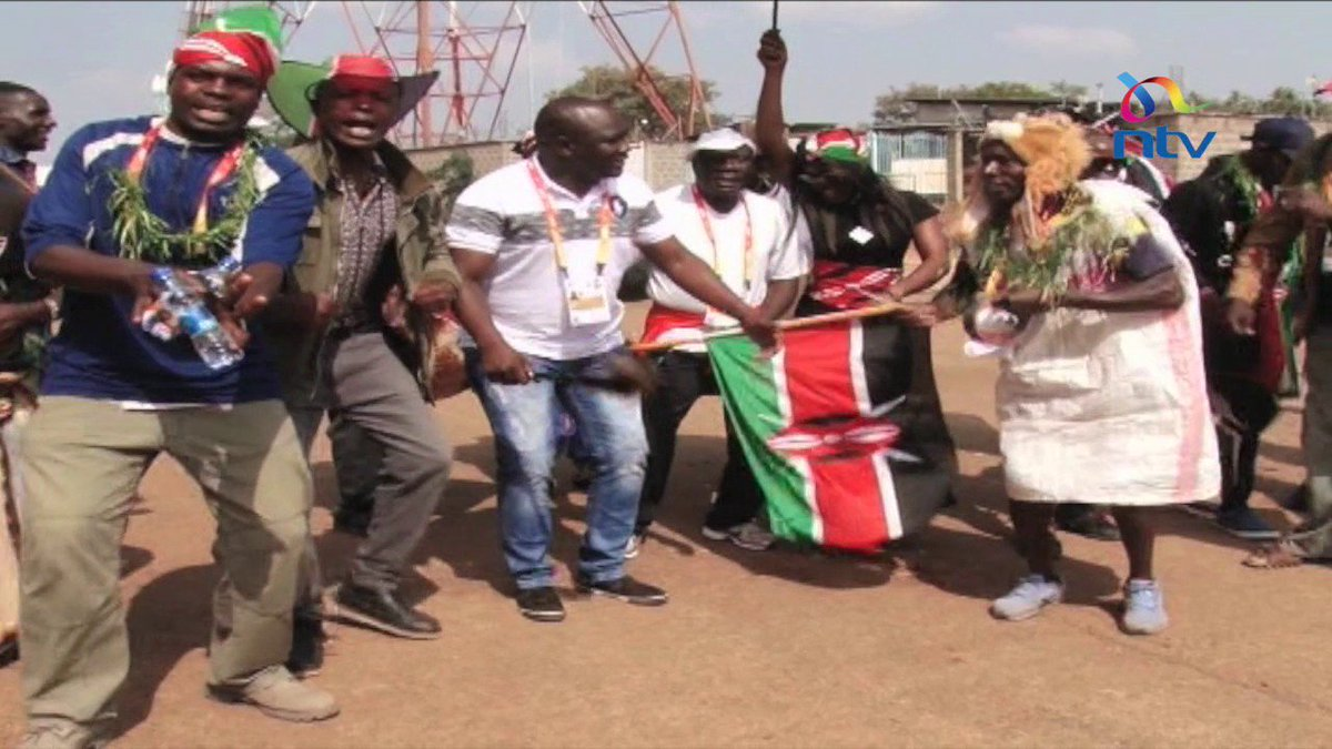 Kenyan fans fill the IAAF World U18 champions with pomp and color