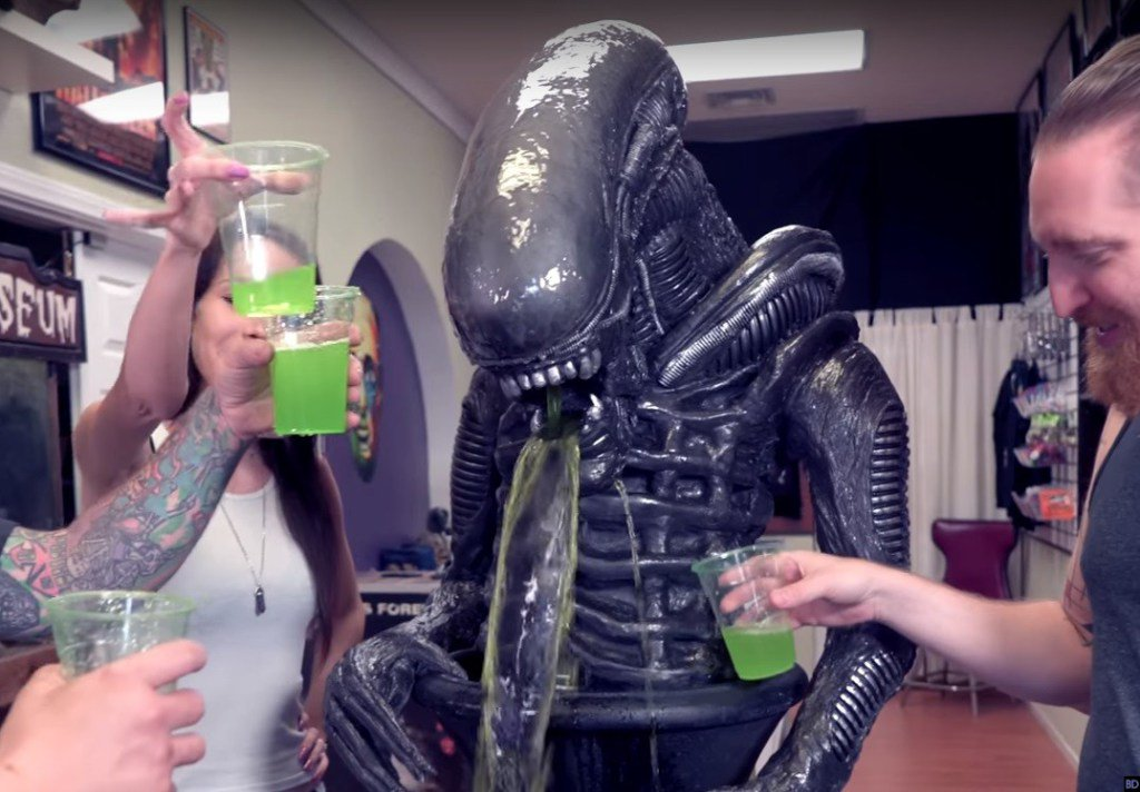 This 'Alien' Punch Fountain is the Coolest Party Accessory Ever https://t.co/AnQUbz97G1 https://t.co/Ob7ACy65xX