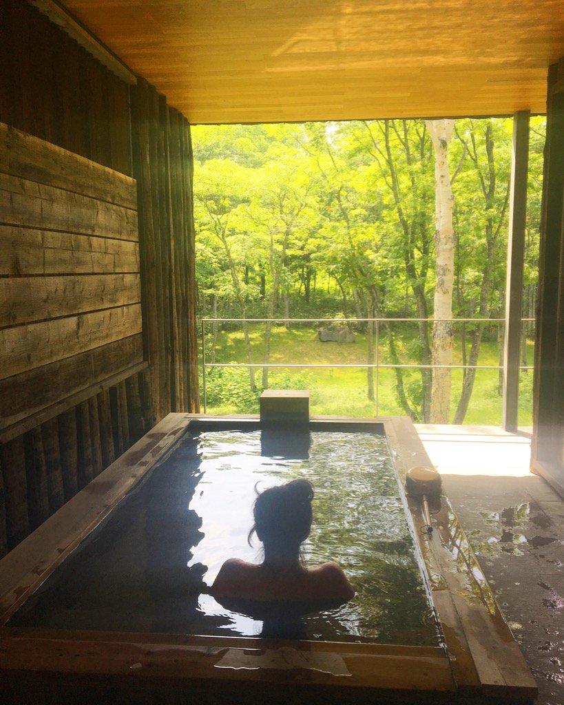 Outdoor private #onsen bath is nothing short of Japanese heaven @zaborinryokan #zen #ryokan #luxury #nature https://t.co/qTaikGFzE0