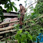 KL lashed by strong winds; roofs blown off, trees felled